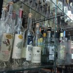 Ассортимент граппы в баре на первом этаже безграничен для восприятия :)