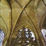 Готические своды собора