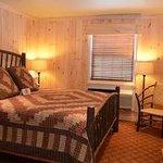 King Suite w/Jacuzzi Bedroom