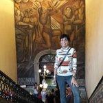 Mural de Orozco nas escadarias!
