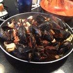 Mussels and Calamari Entree