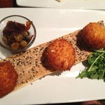Fried Goat Cheese and Fig Sauce
