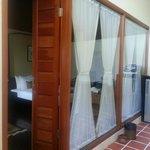 inside 1 br pool suite