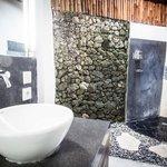 Superior Luxe bathroom