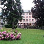 L'hôtel vu du parc