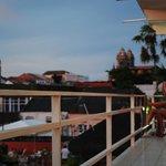 le camere su ballatoio si affacciamo su un panorama della città vecchia.foto cecilia polidori