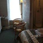 Room 1 - sitting area - en-suite