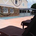piscine ouverte de 10h à 20h