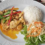 Light yellow curry chicken
