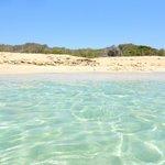 Mare paradisiaco e spiaggia totalmente deserta a luglio inoltrato!