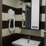 Просторная и продуманная ванная комната