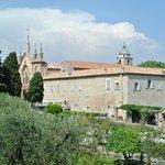 庭園から見た修道院