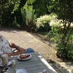 "Terrace tea, coffee, and ""vlaai""."