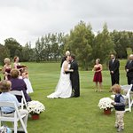 Perfect Michigan location for an outdoor wedding
