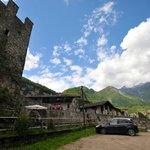 Il castello e i monti