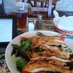 Los Agaves salad with grilled chicken 