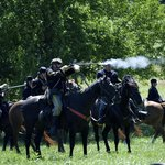 Union cavalry attacking the Confederates Army