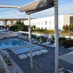 Hotel M'Ar De AR Aqueduto -Évora(vista geral da piscina e aqueduto)