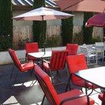 Comfotable outdoor Courtyard