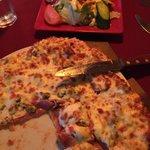 Pizza et combo salade César!