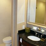 Double Queen Room Bathroom