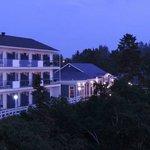 Hotel - river side