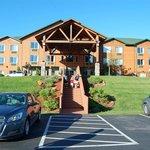 Hotel entrance/front