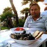 Суп и салат в ресторане GILDA
