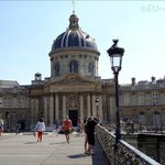 Here you can see the Pont des Arts, that leads up to the Institut de France.