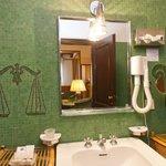 sample of bath in junior suite
