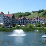 Hotel across pond
