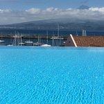 uitzicht op Pico vanuit zwembad