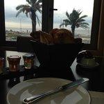 Café da Manhã com vista para o Rio.
