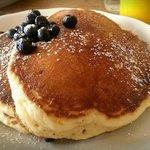 Bubby's Pancakes w/ Blueberries