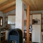 Wohnküche mit Holzkamin