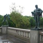 Парк скульптур Вигеланда .Мост