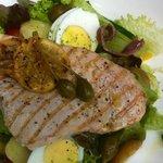 Salade met zwaardvis en citroen