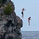 Jumping off a cliff - Grotto