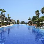 Nice pool with plenty of sunbeds