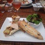 Fricassée d'escargots,réduction d'échalotes au jus de viande au vin des cotes de bordeaux,queue