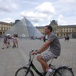 Easy to ride through the Louvre