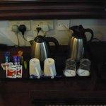 Tea / coffe tray