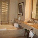 Salle de bains bien aménagées