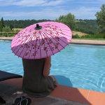 Un po' di relax in piscina tra una lezione e l'altra