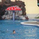 Tile pool