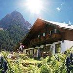 Alpengasthaus Labalm mit großem Rettenstein