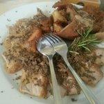 tagliata di cinta senese con salsa ai funghi e tartufo