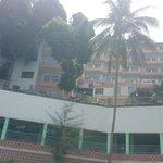Вид с моря на отель