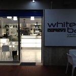 Foto de White Bar