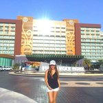 me happy in hard rock hotel cancun
